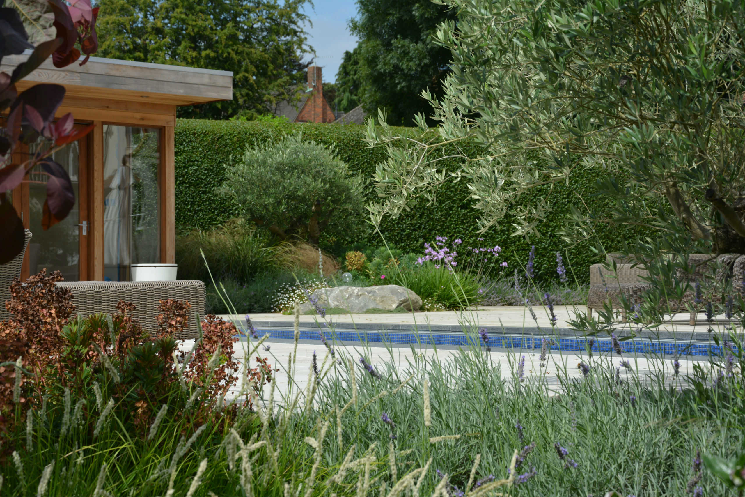 Landscape garden design hertfordshire for Garden design awards