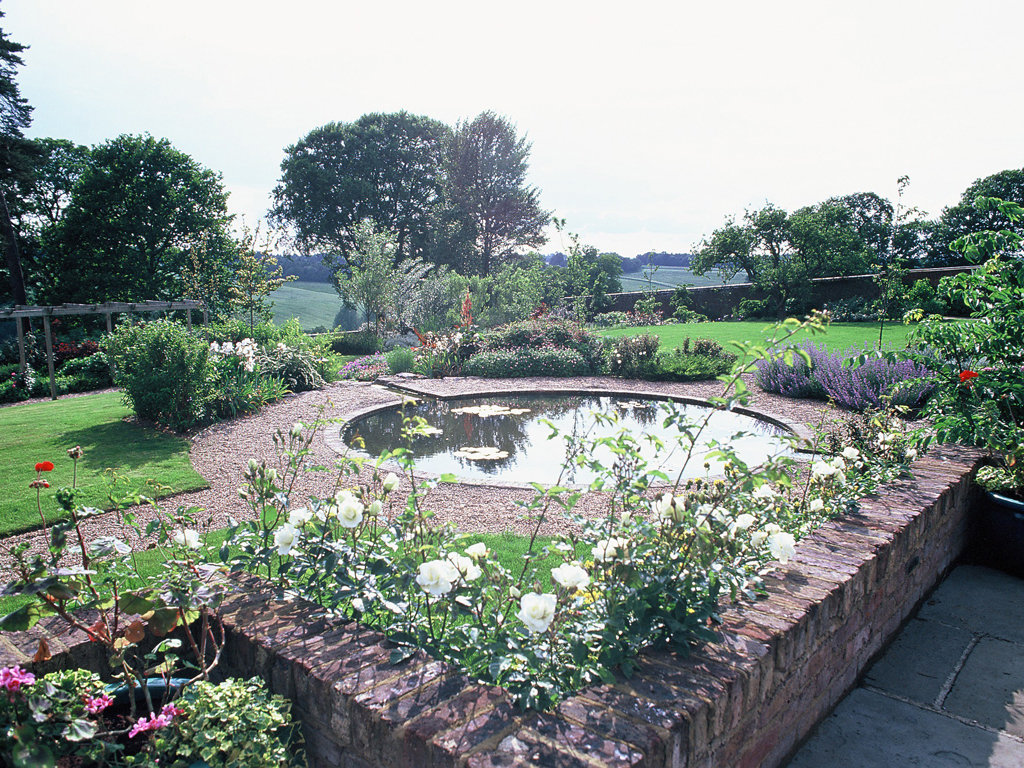 Formal pond landscape design and construction by James Scott Sarratt, Herts