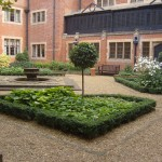 Hanbury Manor Courtyard Planting