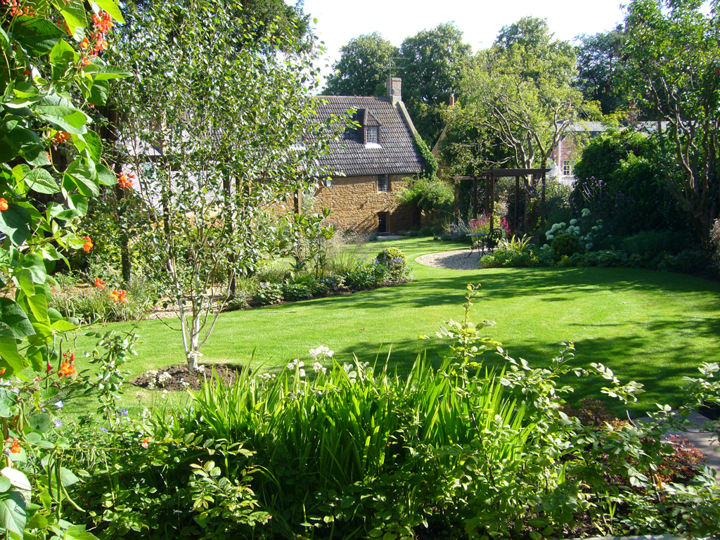 Garden Design Northhamptonshire James Scott of The Garden