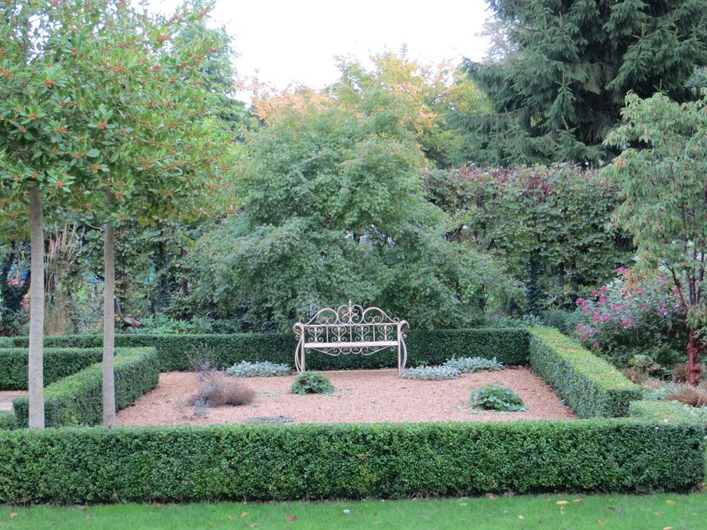 Garden design near Amersham, Bucks