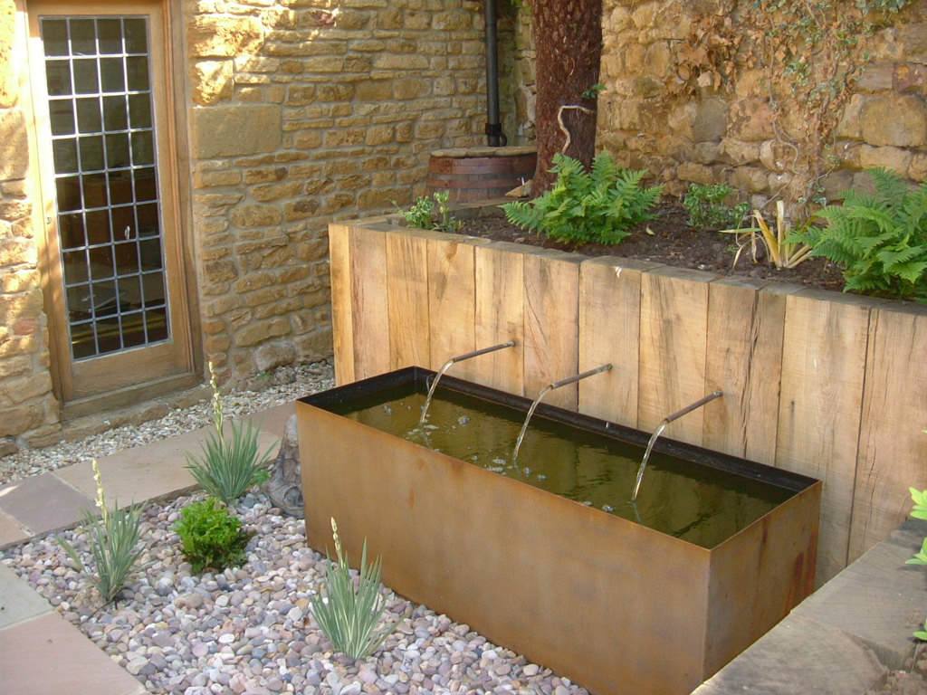 Bespoke water feature design, Northamptonshire