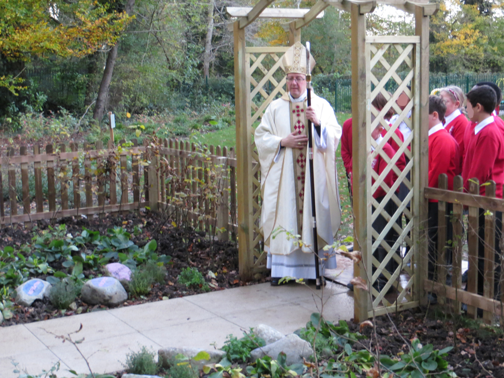 Design & build prayer garden, St Albert's School, Hemel Hempstead