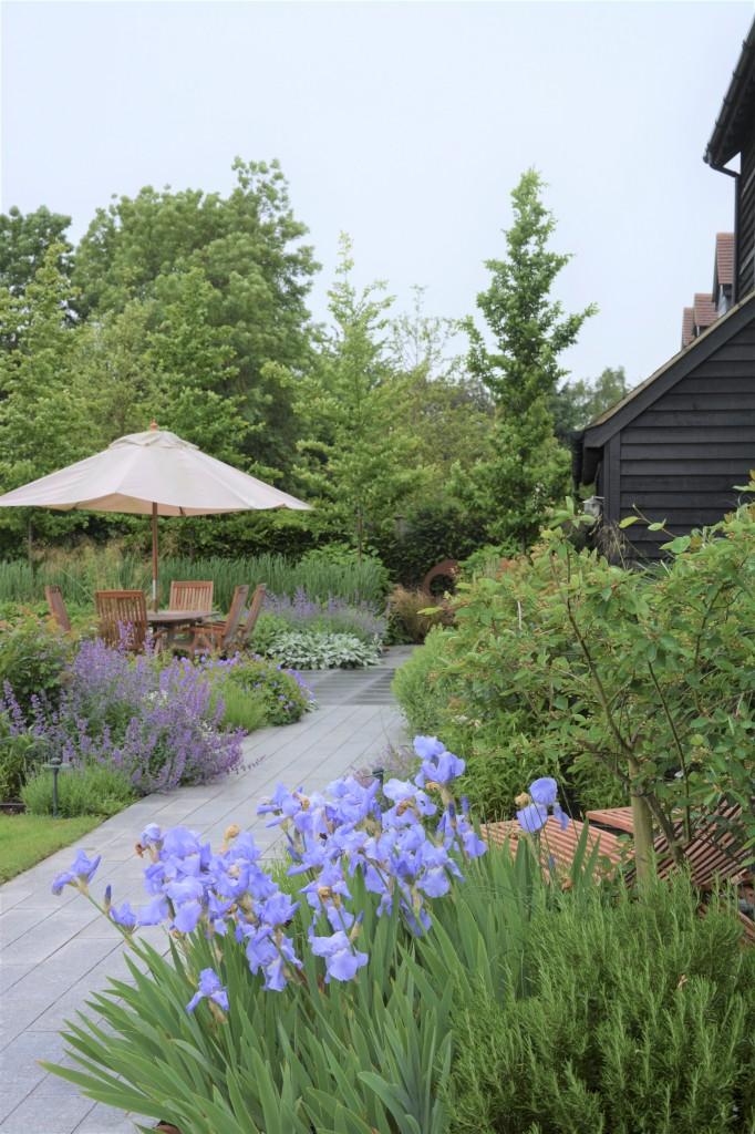 04.917 Garden Barn A6