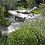 05.906 Garden Laurel A13