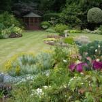 2001 principal award winner domestic grounds maintenance, Watford, Herts