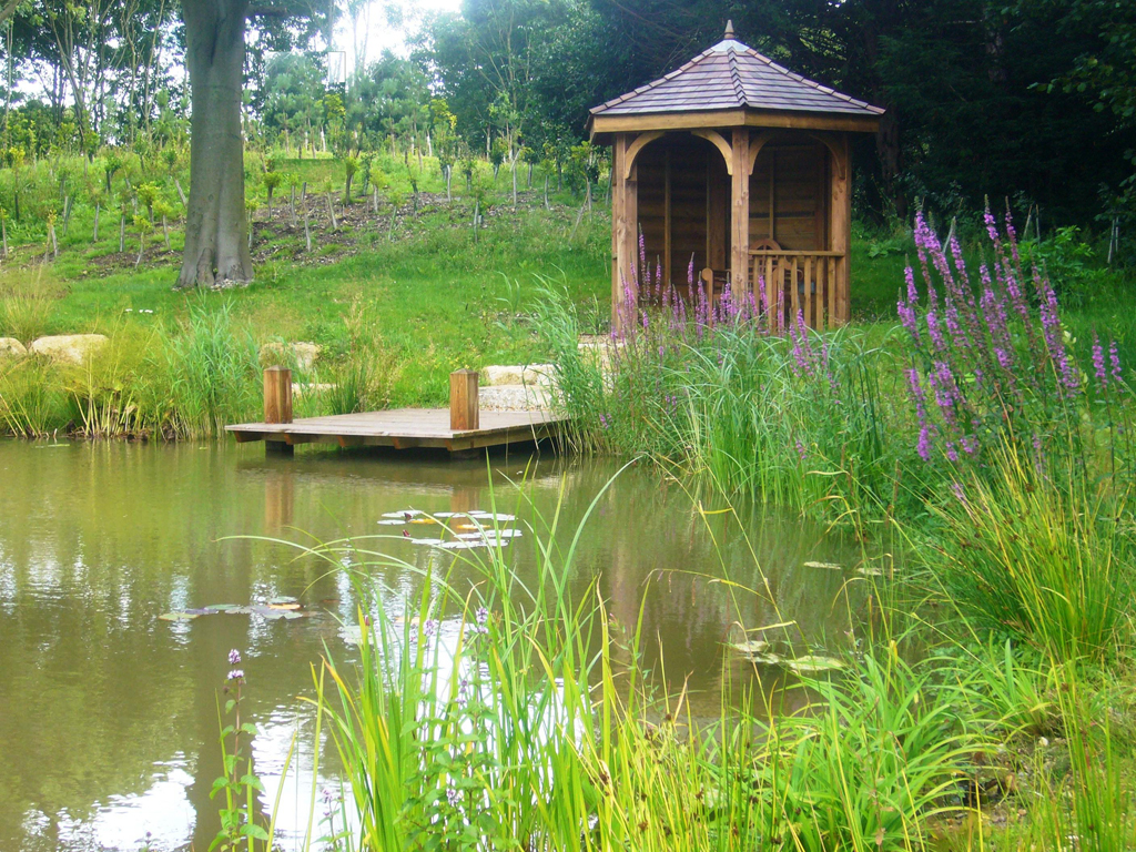 Bespoke garden building by landscapers Amersham, Bucks