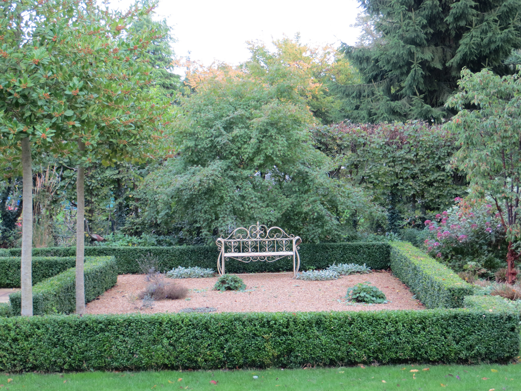 Garden design near Amersham, Bucks