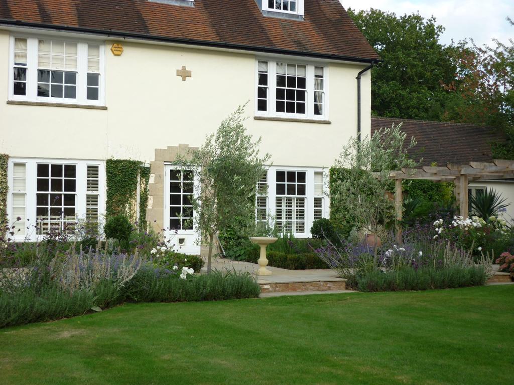 Garden terrace design, near Hemel Hempstead, Herts