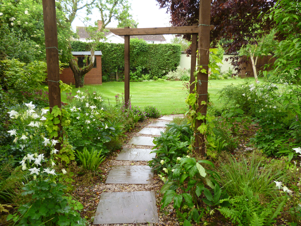 Garden design near Hertford, Herts