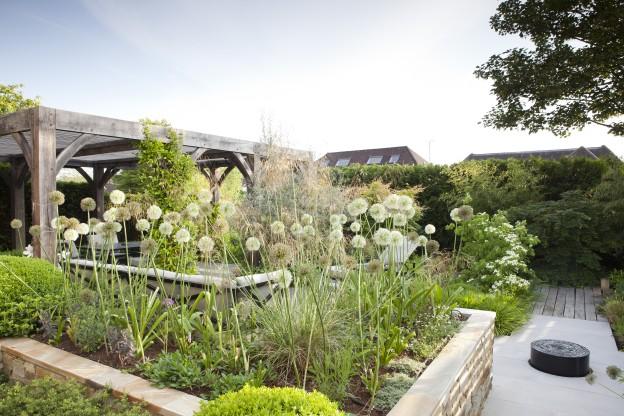 Laurel Cottage garden, photo credit Rebecca Bernstein